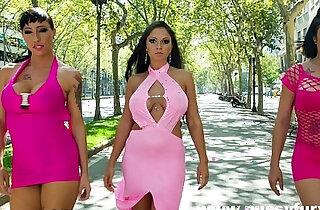 Sex with three big boobs babes, Marta La Croft, Suhaila Hard and Gigi Love - 12:09