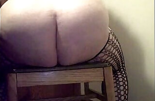 BBW Squirting HARD and FAR - 3:57