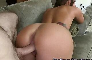 Amateur big ass hottie gets a cumshot - 8:16