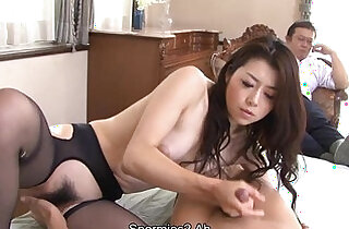 Slutty bitch teaching the dude how to flick a clit - 1:36