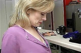Super sexy lady is so horny she has to masturbate - 14:47