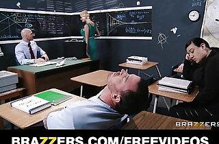 Joslyn James fucks the shit out of her prude math teacher - 7:28