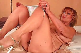 Plump grandma fucks his cock with her unshaven pussy - 5:38