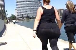 huge white bbw candid spandex ass walk - 4:28
