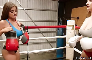 Boxing lesbians tribbing in the ring - 6:42