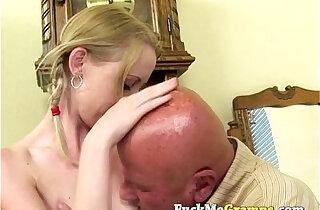 Teen amateur blonde slut does old man - 6:18