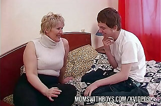 BBW Mature Mom Seduces Sons Friend - 12:31