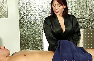 Jizzy mouth masseuse suck - 5:34