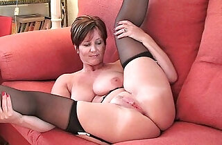 British milf Joy exposing her big tits and hot fanny - 17:38
