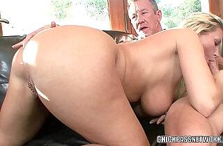 Mature slut Devon Lee gets her sweet twat filled - 7:00