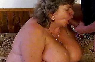 Crazy old mom gets cock - 5:28